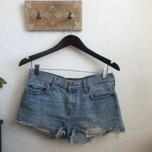 LEVIS lightwash high waisted shorts